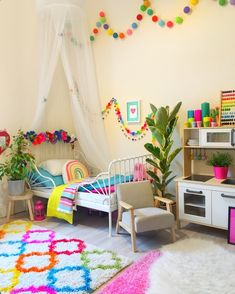 Cool aesthetic childrens room ideas for small rooms in a trendy style. Grey wall… Cool aesthetic childrens room ideas for small rooms in a trendy style. Grey walls and curtains are adorned by small white clouds and stars, respectively.