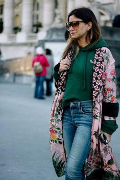 Street style looks и street style women. Kimono Outfit, Kimono Fashion, Fashion Outfits, Womens Fashion, Street Style Looks, Street Style Women, Casual Chic, Hipster Chic, Fashion Corner