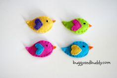 four bird clips