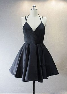 little black homecoming dress, #blackhomecomingdresses, #blackpartydresses, #blackpromdresses