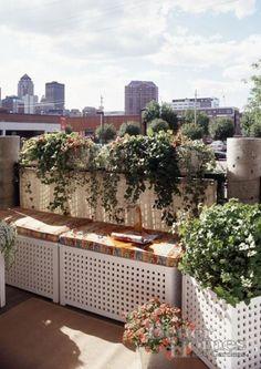 29 Practical Balcony Storage Ideas