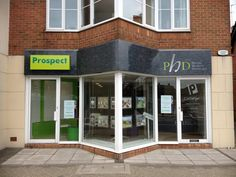 Prospect Estate Agents (Crowthorne) - Kremer Signs revamped Prospect estate agents with this tricky signage installation. Sign made with Aluminum sign tray, vinyl decoration and 2nd sign positioned with LED, Fret cut lettering. #Fascia #EstateAgents #Signage