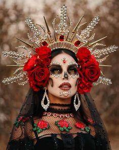 Halloween Inspo, Halloween Cosplay, Fall Halloween, Happy Halloween, Halloween Costumes, Halloween Makeup Sugar Skull, Sugar Skull Costume, Sugar Skull Makeup, Catrina Costume