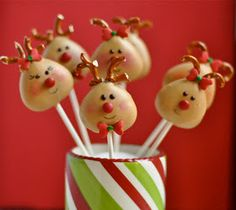 My Little Cupcake POP Blog: Rudolf and his Friends