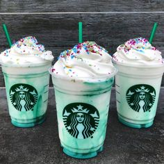 Just When We Thought We Were Over Crazy Starbucks Drinks, The Crystal Ball Frappuccino Makes Its Debut Starbucks Crystal Ball Frappucino Coming March 22 - Simplemost Starbucks Frappuccino, Comida Do Starbucks, Starbucks Secret Menu Items, Secret Starbucks Recipes, Bebidas Do Starbucks, Secret Starbucks Drinks, Starbucks Secret Menu Drinks, Starbucks Food, Cupcakes