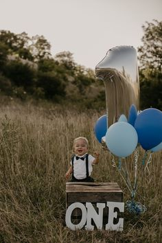 Natasha Ashley is a wedding photographer based in Ohio and Kentucky. Boy Birthday Pictures, Boys First Birthday Party Ideas, 1st Birthday Cake Smash, Baby Boy First Birthday, First Birthday Photos, Baby Boy Photography, Birthday Photography, One Year Pictures, Baby Pictures