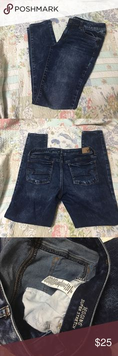 American Eagle Outfitters Jegging Worn 1x! Still in excellent condition. Inseam is about 29inches. Needs a new home ❤️ American Eagle Outfitters Jeans
