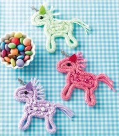 Instructions for a Strickliesel unicorn - Diy & Crafts Trend Crafts To Make And Sell, Diy And Crafts, Diy For Kids, Crafts For Kids, Diy Crafts For Boyfriend, Spool Knitting, Loom Craft, Hand Sewing Projects, Finger Knitting