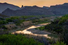 dailydoseoftexas:  Rio Grande near Lajitas by Erik Pronske