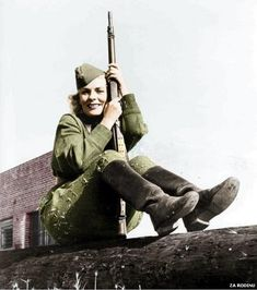 Famous WWII Russian sniper Kyra Petrovskaya. She kicked Nazi butt. Biddy Craft