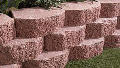 DIY Retaining Wall Blocks ~ http://lovelybuilding.com/diy-retaining-wall-with-small-budget/