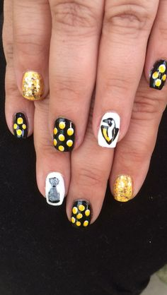 Stylish Penguins nails from our Instagram fan, @miss ...