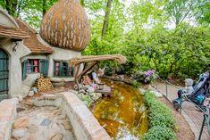 Efteling - najbardziej baśniowy park rozrywki w Europie - Patio, Outdoor Decor, Home Decor, Terrace, Interior Design, Home Interior Design, Home Decoration, Decoration Home, Interior Decorating