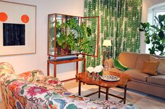 Cabinet 2077 in glass and mahogany, from 1946, was the last piece of furniture designed by Josef Frank for Svenskt Tenn.