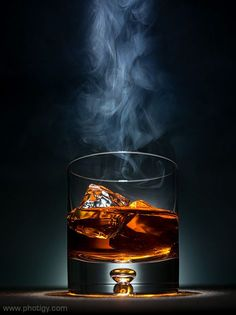 Use Smoke in Commercial Photography Creative ShotYou can find Commercial photography and more on our website.Use Smoke in Commercial Photography Creative Shot Cocktail Photography, Glass Photography, Smoke Photography, Photography Lessons, Still Life Photography, Creative Photography, Amazing Photography, Product Photography, Photography School