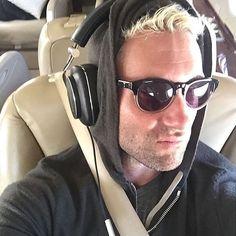 "384 Likes, 10 Comments - Adam Levine | HQ ⛄️ (@adamlevinehq) on Instagram: ""Real men don't take selfies... because real men aren't like Adam. #tgif #adamlevine…"""