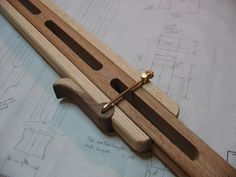 Fantastic wooden clamping system for a tripod.