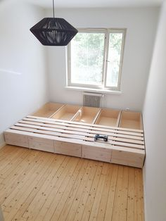 Toddler Bed, Bench, Woodworking, Storage, Diy, Furniture, Dreams, Home Decor, Child Bed