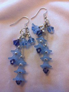 summery earrings in blue