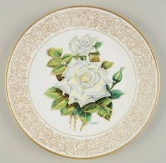 The White Masterpiece Rose Decorative Plates, Christmas Ornaments, Rose, Pattern, Objects, Xmas Ornaments, Pink, Christmas Jewelry, Roses