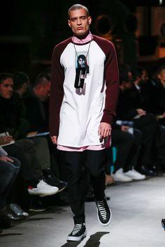 Givenchy Fall 2017 Menswear Collection Photos - Vogue