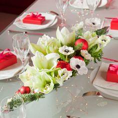 Un centre de table fleuri pour Noël