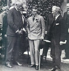 Picture of The Price of Wales standing outside the Royal Isle of Wight County Hospital during his tour of the Island in July On his left is Arthur Andrews, Chairman of the hospital's Board of Governors. Duke And Duchess, Duchess Of Cambridge, Vintage Men, Vintage Images, Vintage Style, Edward Windsor, County Hospital, Cult Of Personality, Wallis Simpson