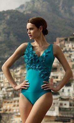 Ruffle swim suit