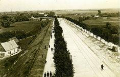 Początki Saskiej Kępy. Widok od strony Mostu Poniatowskiego. Park Skaryszewski widoczny w lewym górnym rogu.