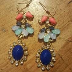 Statement dangle earrings Fun colored earrings.  Great for any outfit! Jewelry Earrings