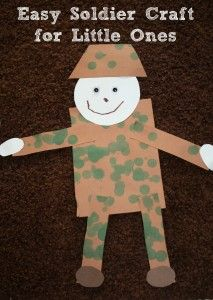 Easy soldier craft for little ones to do for Veterans Day, Memorial Day, or other patriotic activities - Crafting For The Holiday Remembrance Day Activities, Memorial Day Activities, Veterans Day Activities, Preschool Activities, Toddler Art, Toddler Crafts, Poppy Craft For Kids, Military Crafts, Bulletins