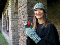 Ravelry: Mittens and hat Kerstin in Twined Knitting technique pattern by Carla Meijsen (The Dutch Knitters)