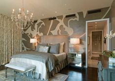 master-bedroom-ideas-decorating-with-mural-walls-and-chandelier-and-mirrored-nightstands-and-table-lamps-and-bench-and-grey-comforter-and-hardwood-floor.jpg (910×637)