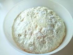 Langalló (házi kenyérlángos) | Szilvia Mária Kilecz receptje - Cookpad receptek Dairy, Pizza, Bread, Cheese, Food, Brot, Essen, Baking, Meals