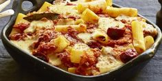 Whip up a delicious and easy meal with this rigatoni pasta bake. Salami Recipes, Pasta Recipes, Deli Fresh, Baked Rigatoni, Pasta Bake, Four, Pasta Dishes, Macaroni And Cheese, Cooking