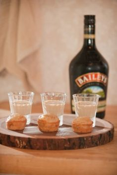Friendsgiving with Baileys - the perfect after Friendsgiving dinner drink! #AGPinGiving.