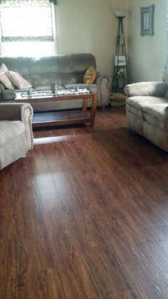 TrafficMASTER Allure Ultra 7.5 In. X 47.6 In. Vintage Oak Cinnamon Luxury  Vinyl Plank Flooring (19.8 Sq. Ft. / Case)