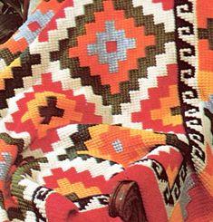 Modelo de estilo suroeste vintage impresionante. Una manta de ganchillo nativos americanos absolutamente hermosa.  51 x 72 pulgadas (sin flecos).