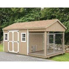 Fully Assembled 8 x 18 ft Amish 1 Run Dog Kennel and Shed Combo – Muriel L. House Home Insulated Dog Kennels, Portable Dog Kennels, Metal Dog Kennel, Outdoor Dog Kennel, Dog Kennel And Run, Puppy Kennel, Outdoor Cats, Dog Kennel Designs, Kennel Ideas
