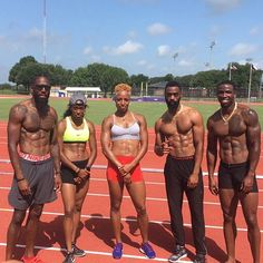 Team USA getting in another practice session before leaving for #Rio2016! #usatf #track #tracknation #roadtorio #trackandfield #teamusa