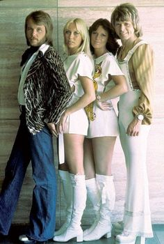music ABBA - stands for Agnetha, Bjorn, Benny and Anni-Frid. Swedish pop group is one of the best selling acts worldwide. Several hits from the remain well known today. 70s Music, Music Icon, Good Music, Beatles, Pop Rock, Jolie Photo, Popular Music, 70s Fashion, Fashion Music
