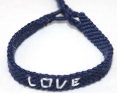 tekst armband LOVE