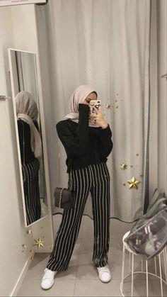 Hijab Fashion Summer, Modern Hijab Fashion, Street Hijab Fashion, Hijab Fashion Inspiration, Muslim Fashion, Fashion Outfits, Hijab Style Dress, Casual Hijab Outfit, Hijab Chic