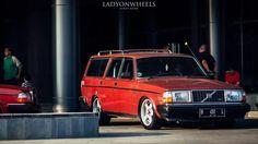 Indonesian VOLVO Volvo 240, Volvo Cars, Scandinavian Design, Bmw, Classic, Derby, Classic Books, Nordic Design