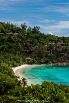 Have you ever dreamt of visiting the Island nation of the Seychelles? Located off the east coast of Africa, here are 25 photos to inspire your trip to paradise! | Geotraveler's Niche Travel Blog