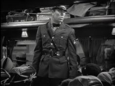 Ward Bond as the bus driver in It Happened One Night....what a great career!