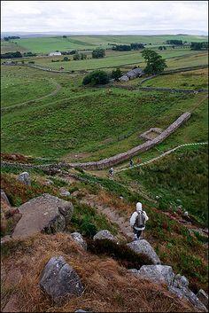 Hadrian's Wall, England - walk coast to coast Places To Travel, Places To See, Hadrian's Wall, Malta, Roman Britain, Monaco, Europe, England And Scotland, English Countryside