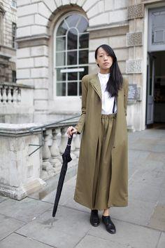 London Fashion Week street style [Photo by Kuba Dabrowski]