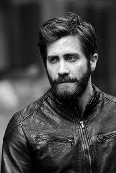 Look at Jake Gyllenhaal.