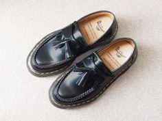 コムデギャルソンでコラボのドクターマーチンの靴